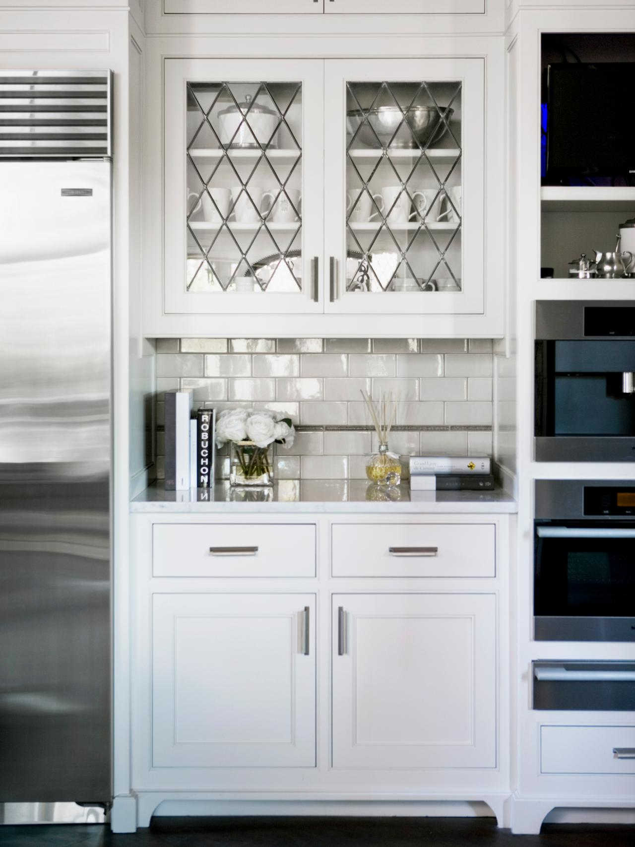 Photo page hgtv for Kitchen door with window