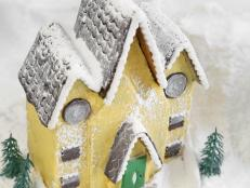Make a Victorian-Style Gingerbread House