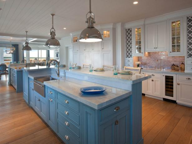 Superb By The Serene Seaside. Designed To Optimize Functionality, This White  Coastal Style Kitchen ... Awesome Ideas