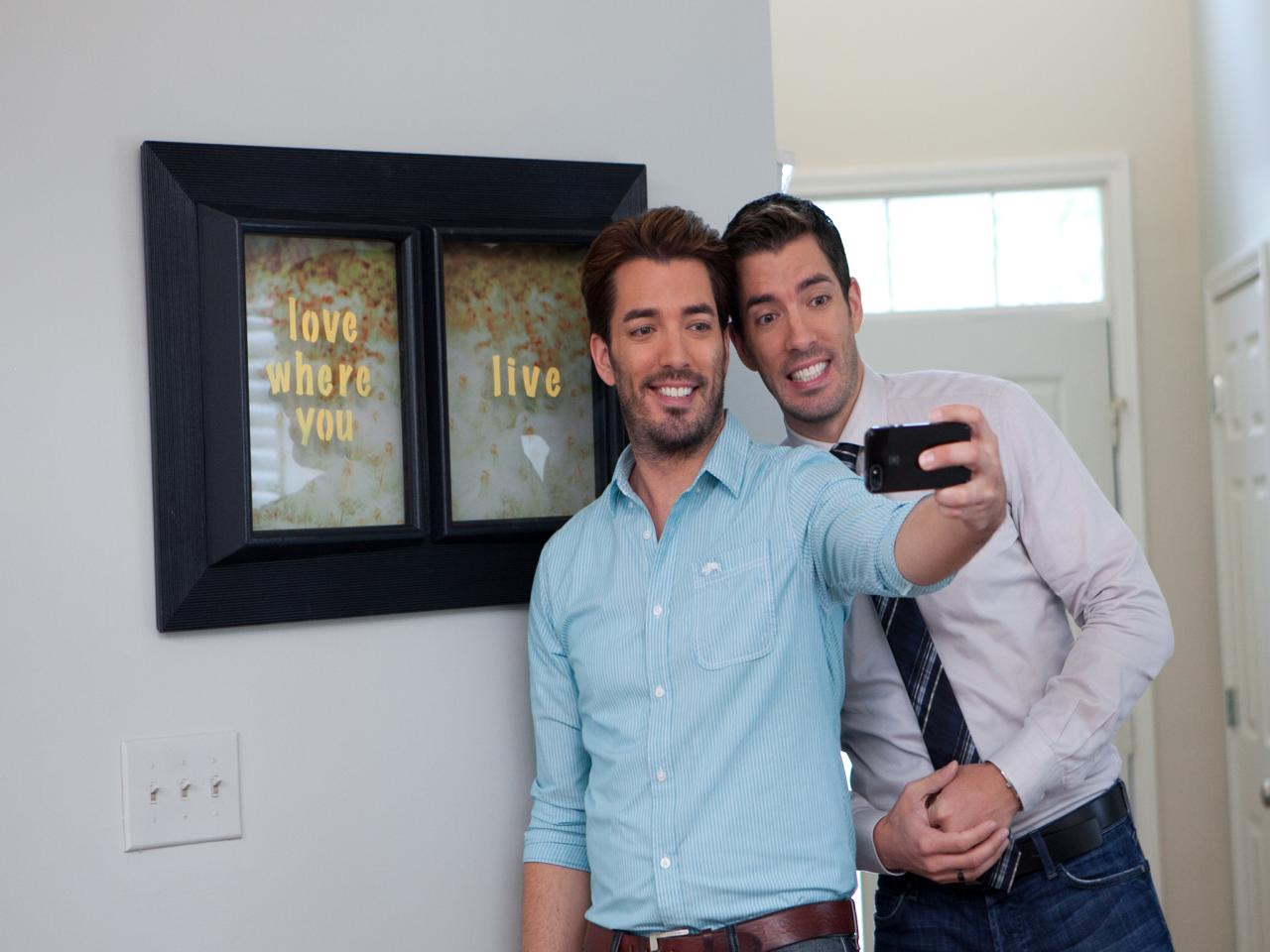 Brother vs brother on hgtv hgtv Who are the property brothers