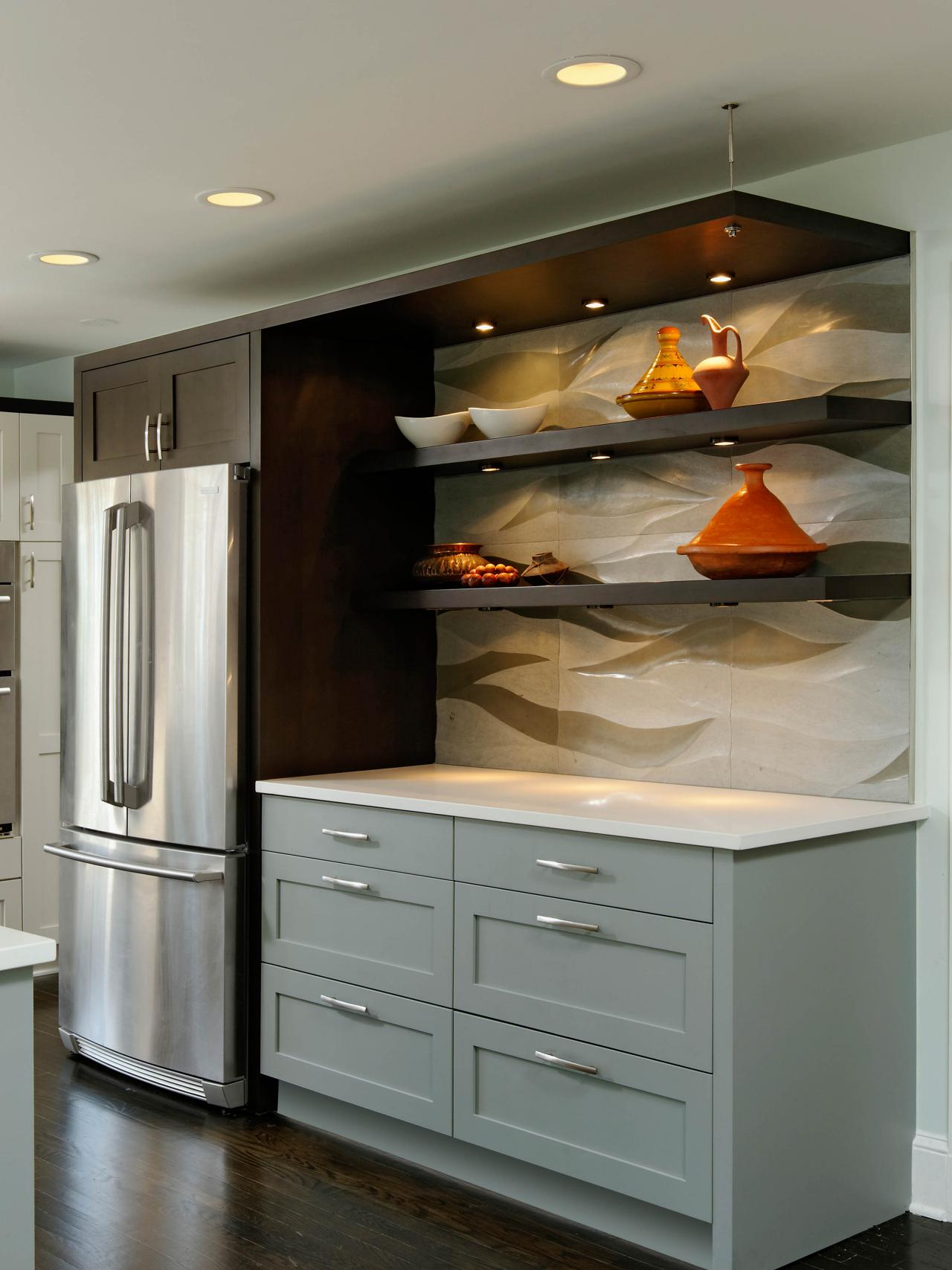Photos hgtv Floating shelf ideas for kitchen