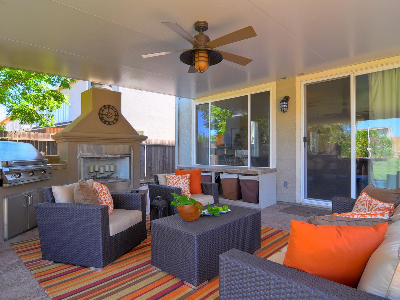 Colorful outdoor rooms outdoor spaces patio ideas for Contemporary outdoor living spaces