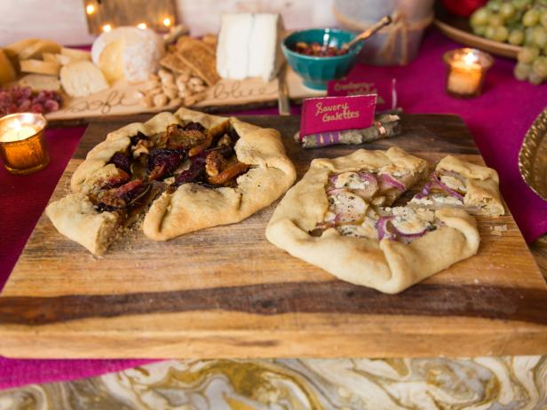 Original_Holidays-at-Home-Food-Table-Galettes_h