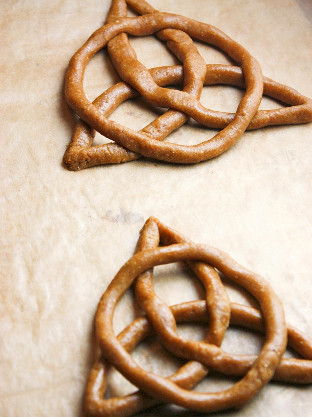 Celtic Knot Cookies Recipe Hgtv