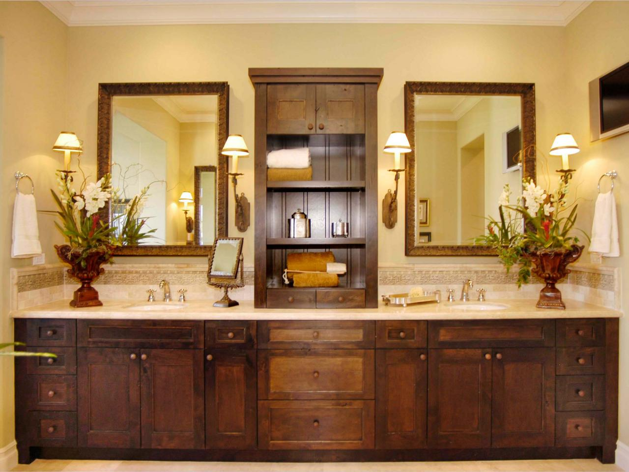 craftsman bathroom photos hgtv. Black Bedroom Furniture Sets. Home Design Ideas