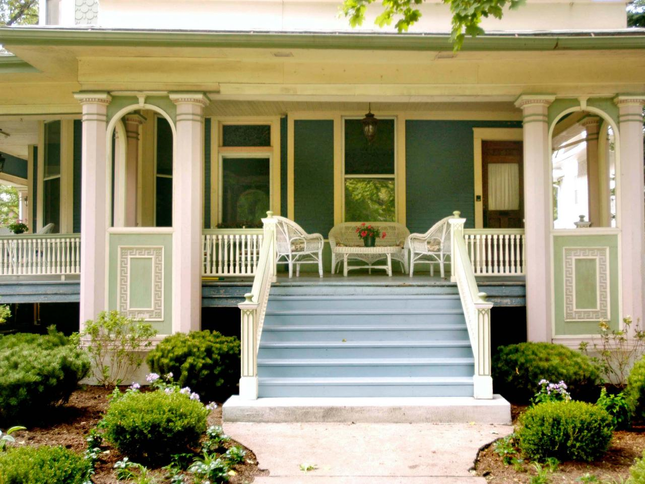 Victorian outdoor space photos hgtv Outside veranda designs