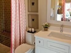 Neutral Transitional Bathroom With White Vanity