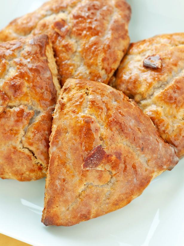 TS-131935552_bacon-cheese-scones_s3x4