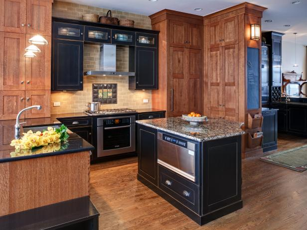 Rich Wood Kitchen With Craftsman Cabinets & Kitchen Island