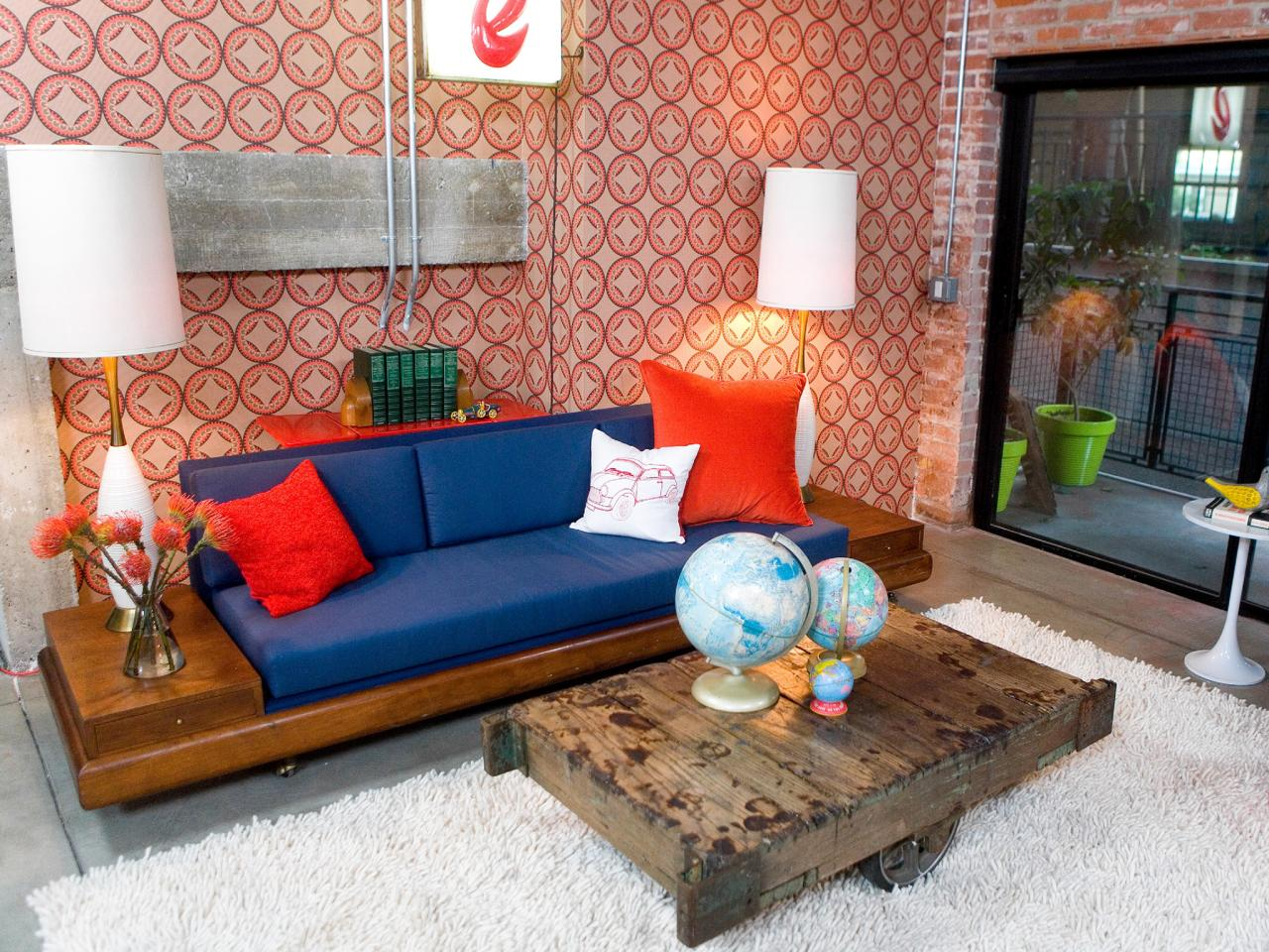 Photos hgtv Modern eclectic living room