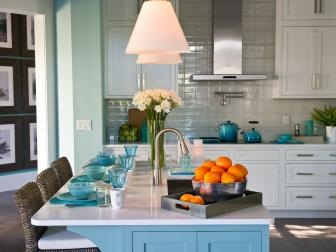 Coastal Kitchen With Beachy Blue Hues