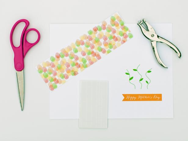 Original_Tom-Kat-Studio-Mothers-Day-Card-Flower-Materials_h