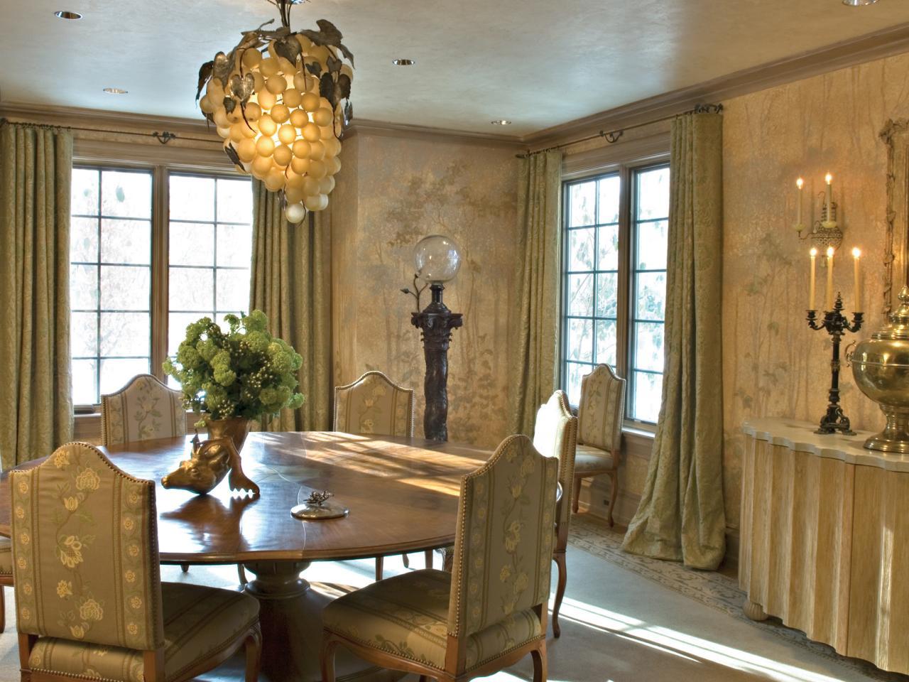 Elegant Dining Room With Grape Chandelier