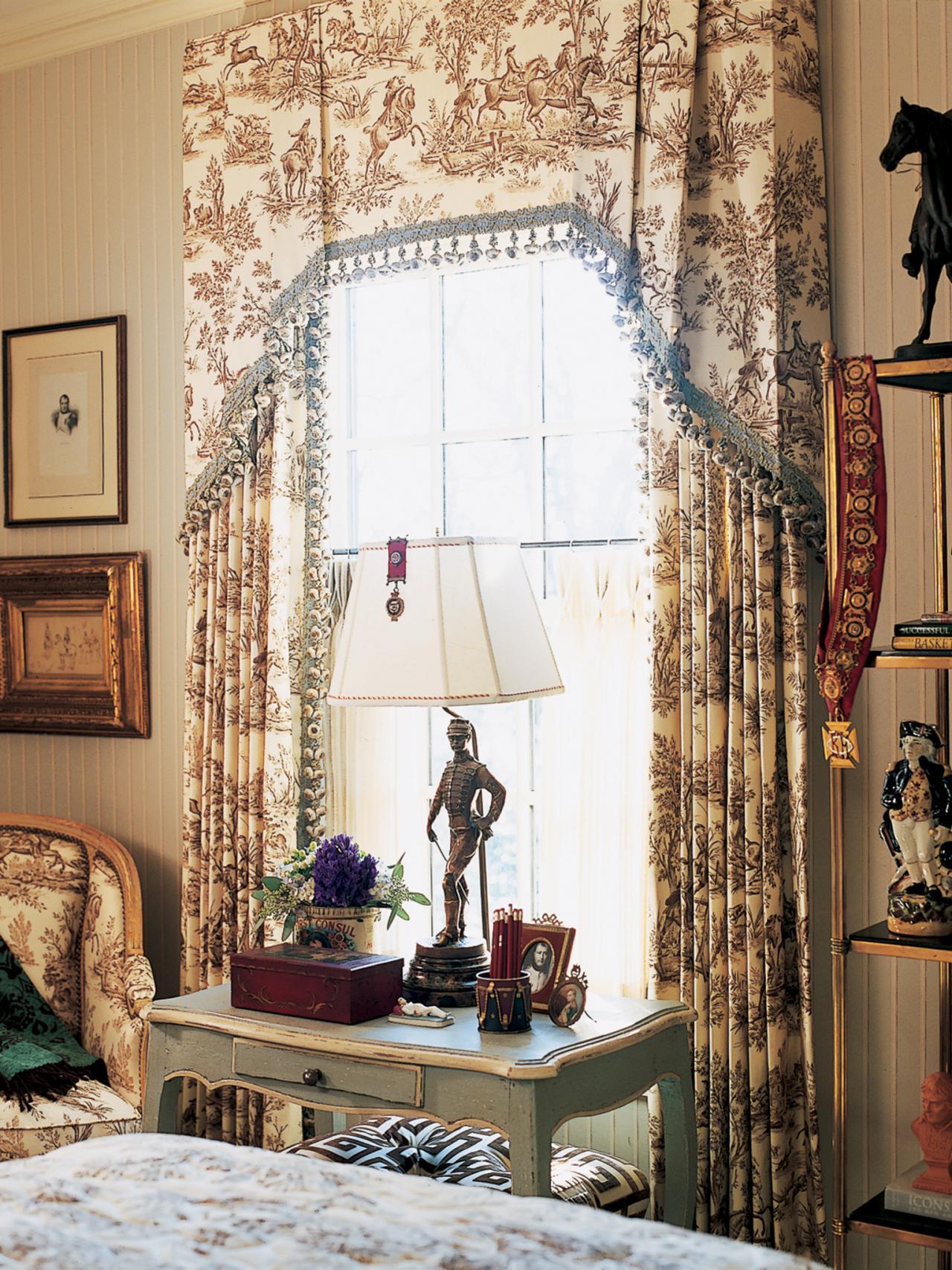 Large Kitchen Window Treatment Large Kitchen Window Treatments Hgtv Pictures Ideas Hgtv