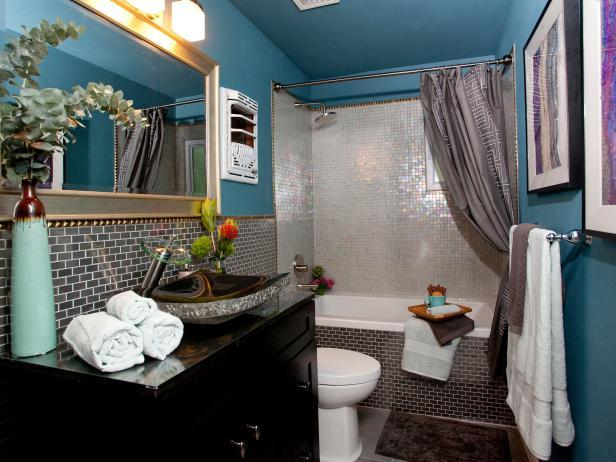 Blue and Silver Bathroom