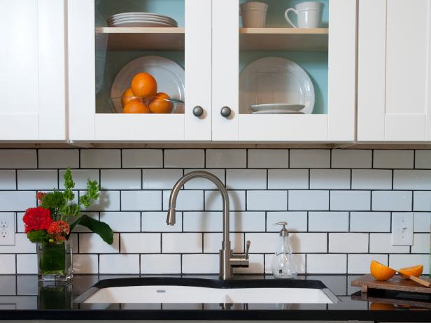 Subway Tile Backsplash With Cabinets