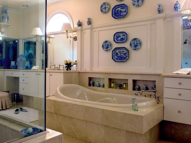 Mediterranean Style Master Bathroom with Decorative Plates