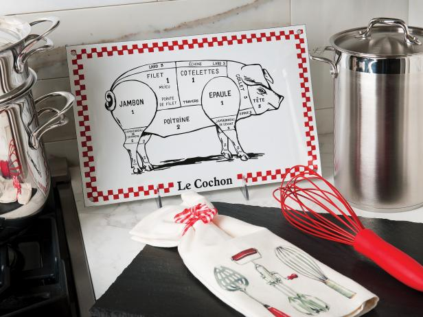 Photo page hgtv Pig kitchen decor