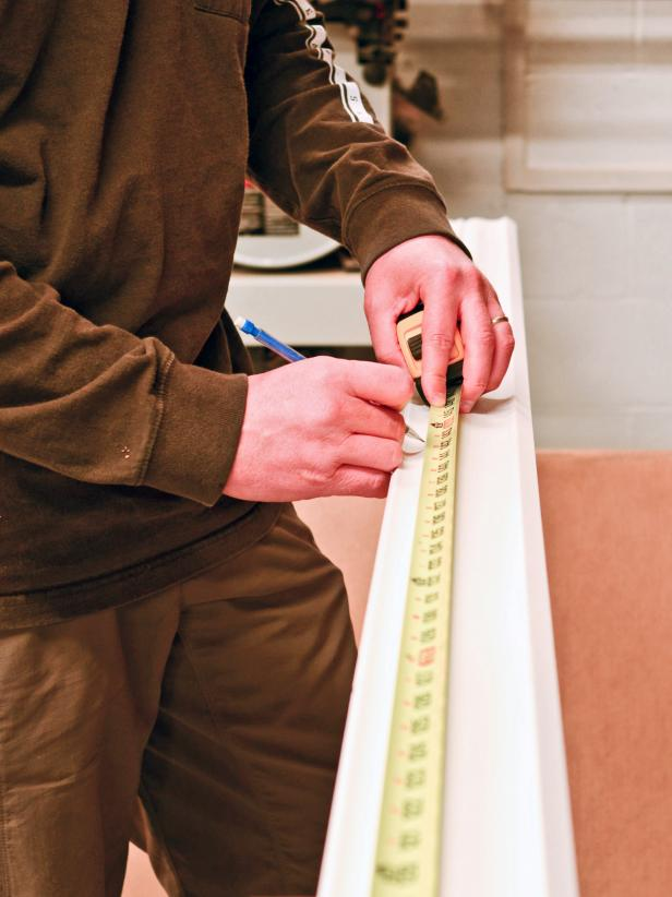 Measuring Crown Molding
