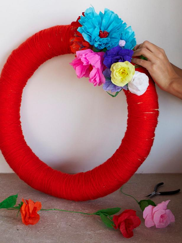 Original_Camille-Styles-Flower-Wreath-Step3_v