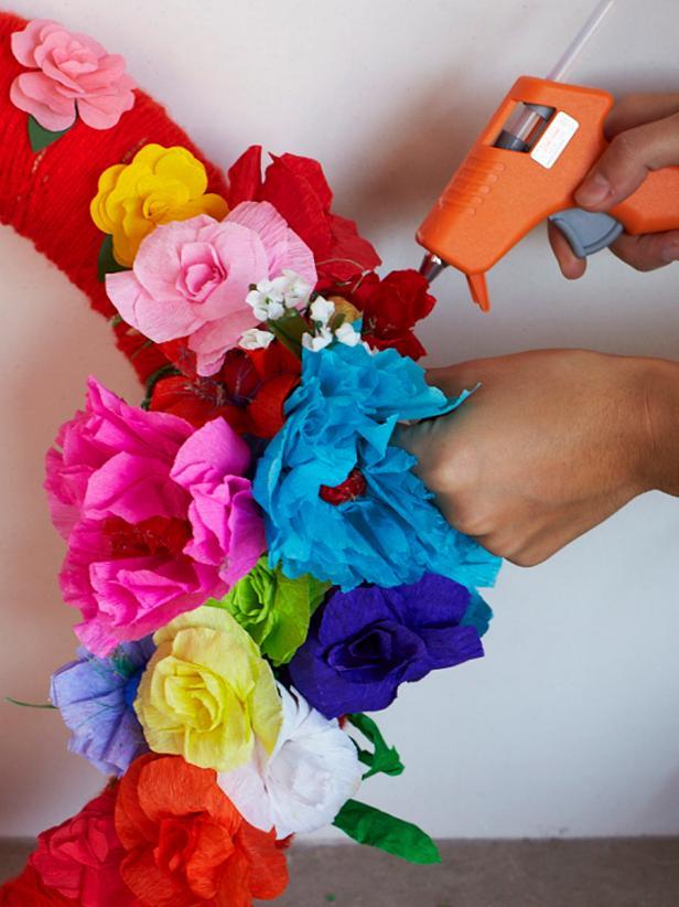 Original_Camille-Styles-Flower-Wreath-Step5_v