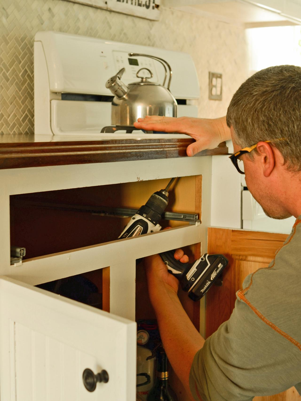 Uncategorized How To Install Kitchen Countertop do it yourself butcher block kitchen countertop hgtv install countertops