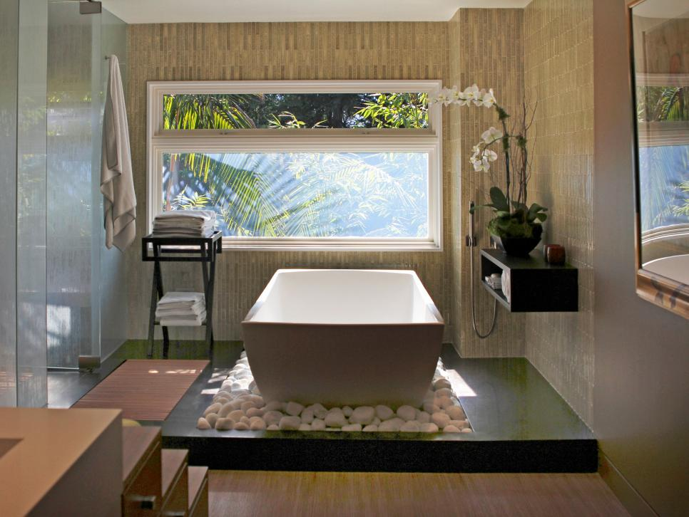 pictures of beautiful luxury bathtubs ideas inspiration hgtv - Bathroom Designs With Freestanding Tubs
