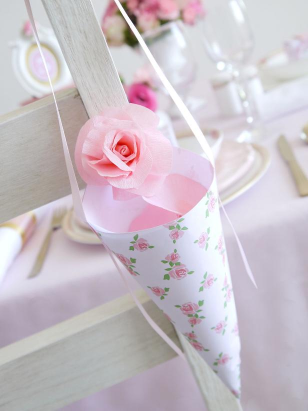 Flower Holder For Wedding Cake