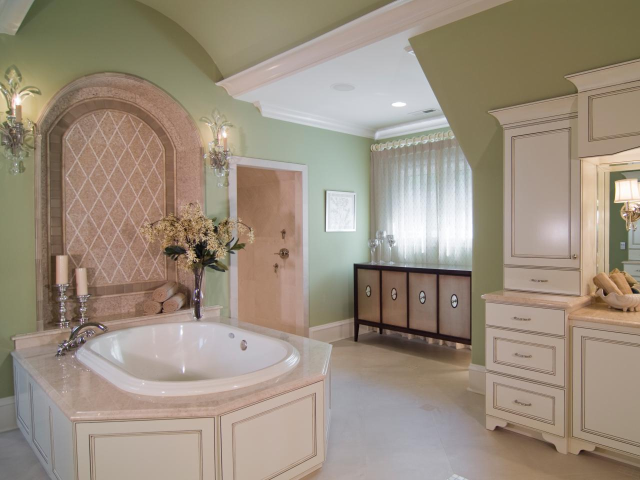 Mint green bathroom amanda swaringen hgtv for Bathroom designs hgtv
