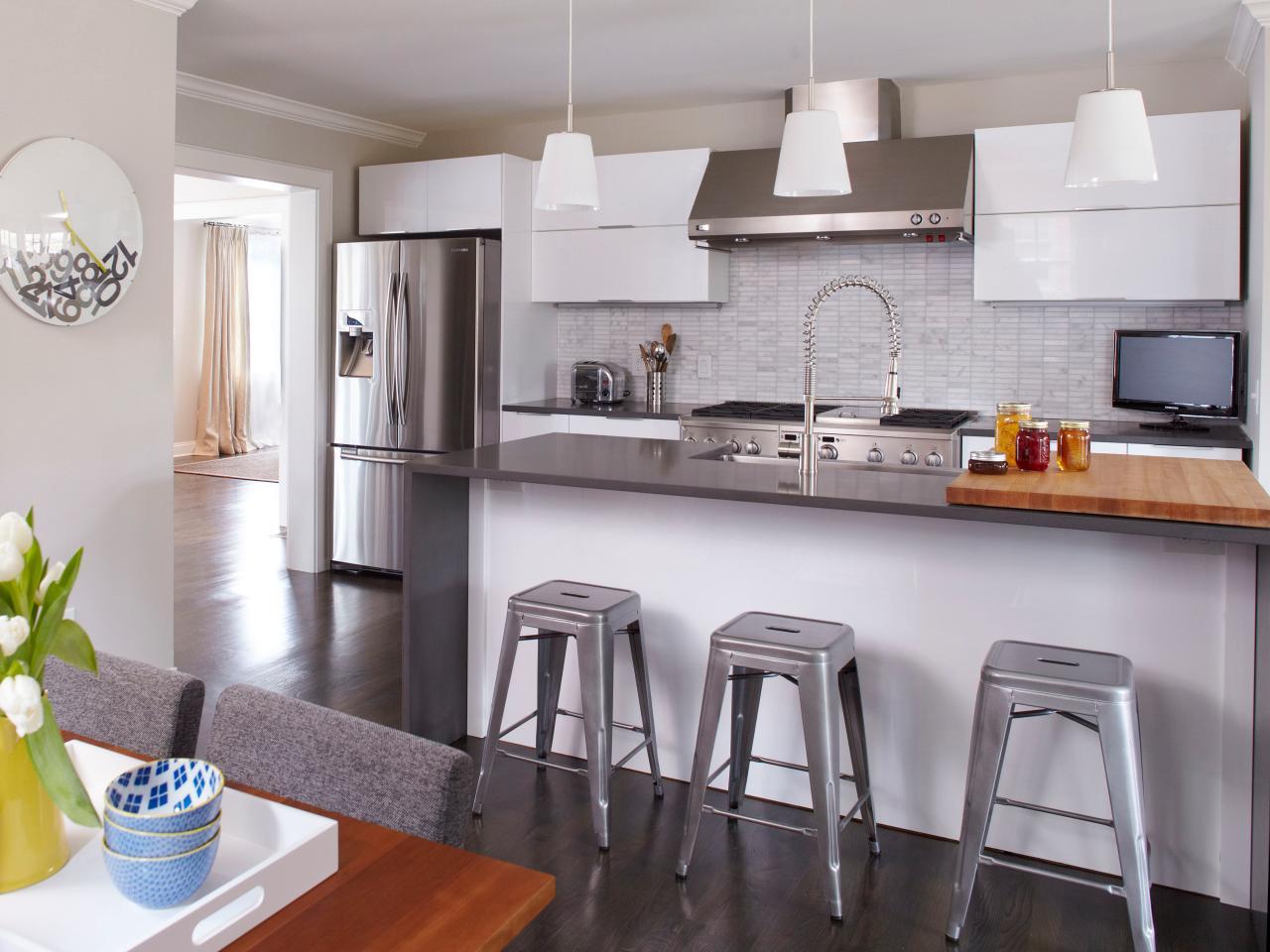 Modern Bungalow Kitchen