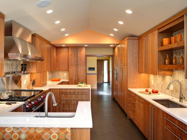 midcentury modern kitchen with vaulted ceiling