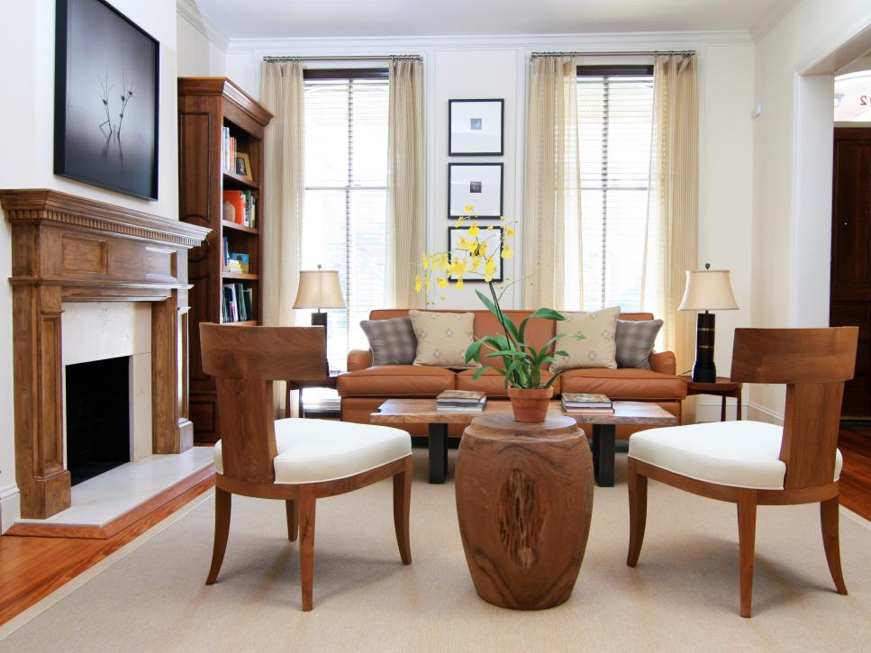 Sophisticated row house parlor susan jamieson hgtv for Parlor or living room