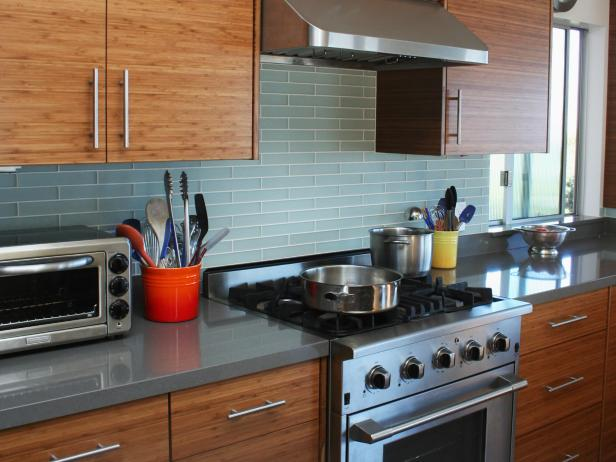 Eco friendly kitchen ideas tips hgtv for Eco friendly kitchen products