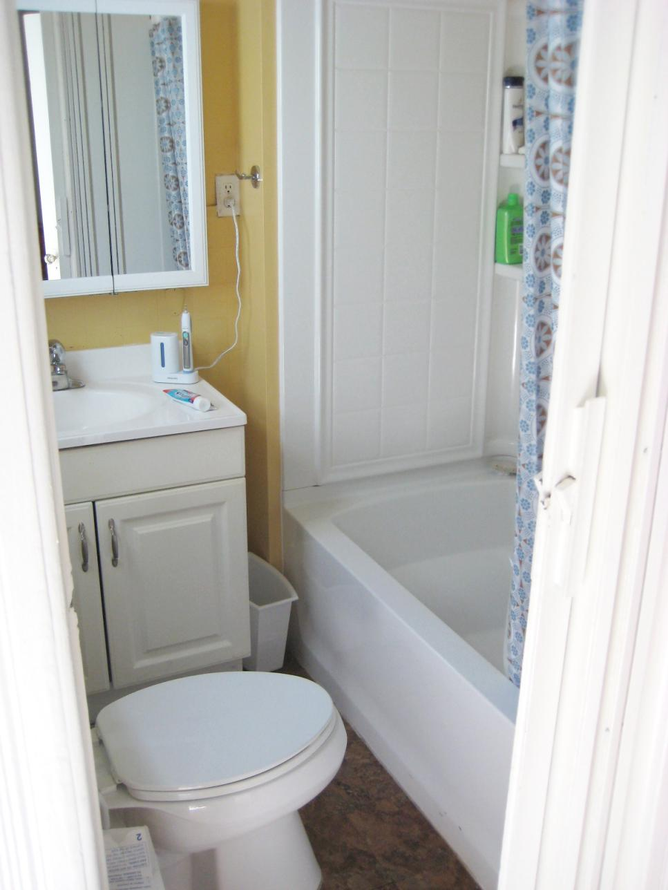 Small Space Modern Bathroom Jennifer Jones Hgtv Designing A Bathroom In A Small Space