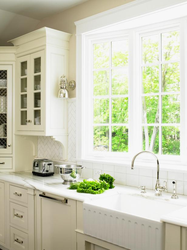 Cottage kitchen sink with window hgtv for Cottage charm farmhouse