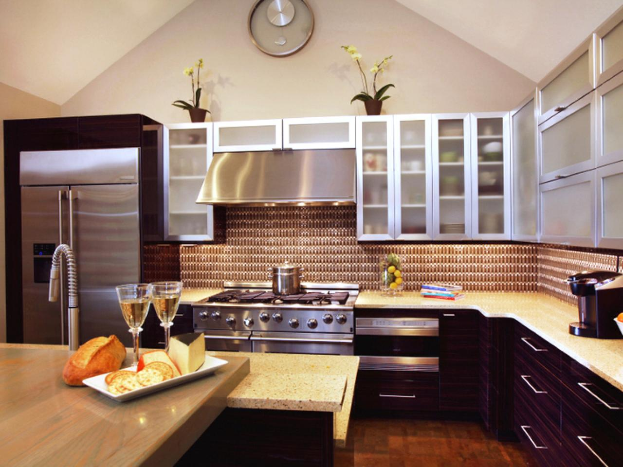 L shaped kitchen design pictures ideas tips from hgtv for Kitchen cabinets ideas images