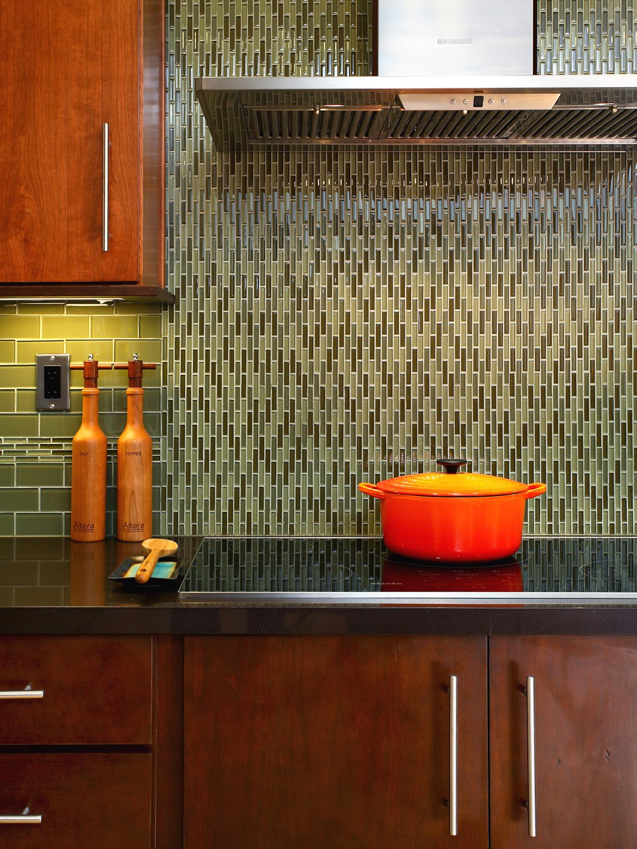 Subway tile backsplashes pictures ideas tips from hgtv hgtv tags dailygadgetfo Choice Image
