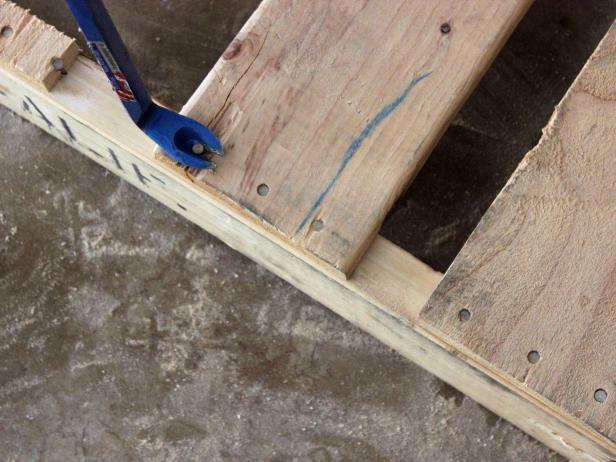 DIY Pallet Toiletry Holder - Step 2: Dismantle Pallet