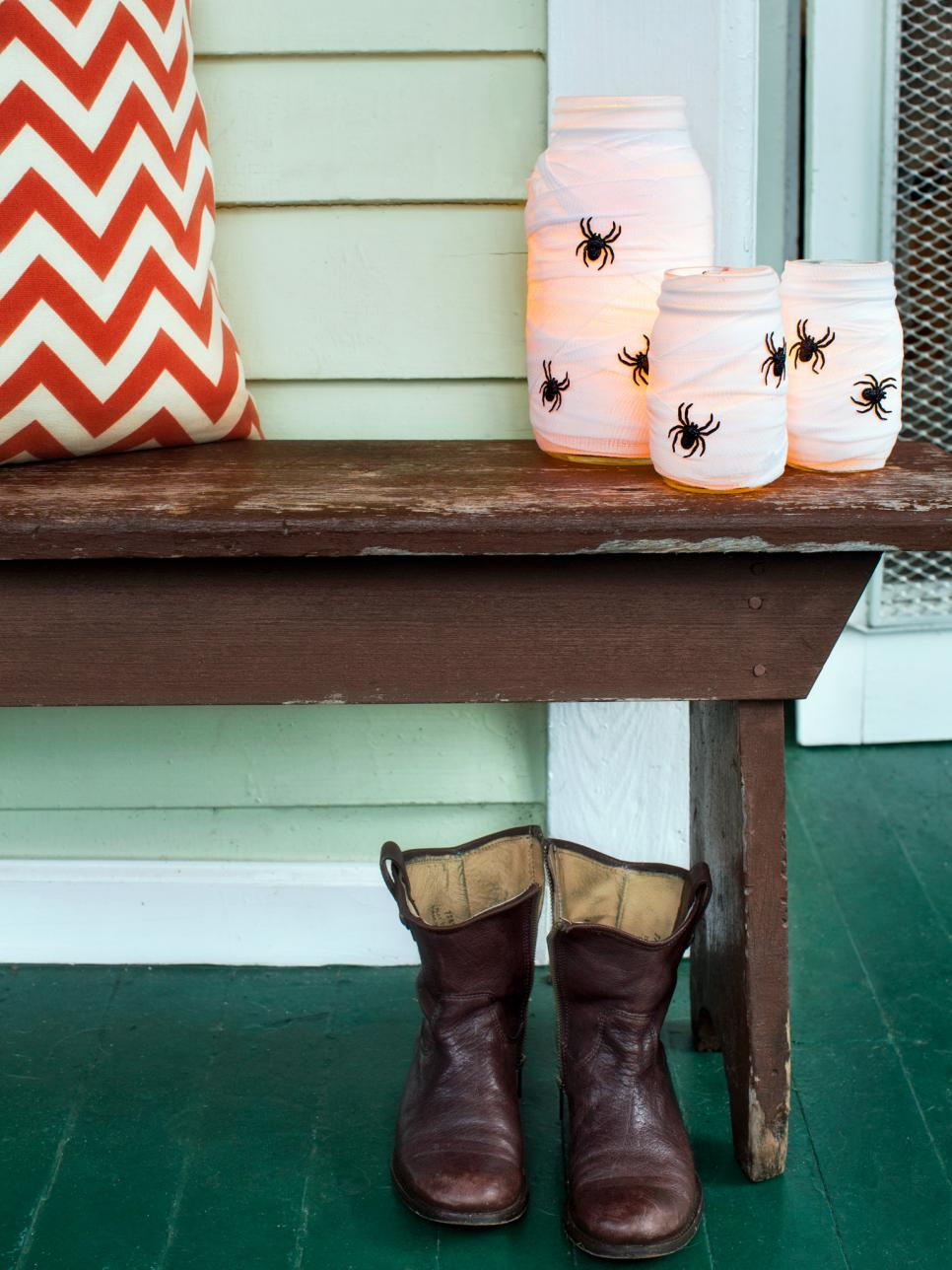 9 halloween front porch decorating ideas hgtv - When To Decorate For Halloween