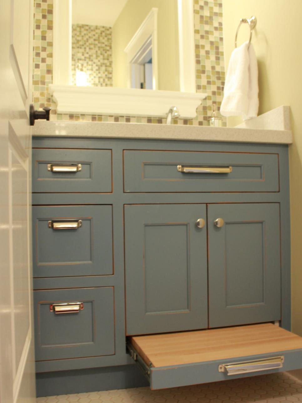 savvy bathroom vanity storage ideas  hgtv, Bathroom decor