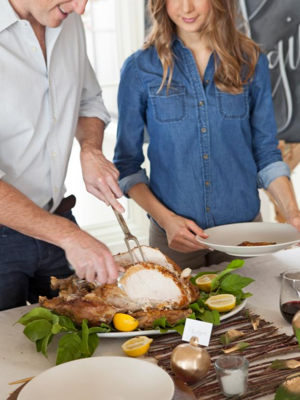 Carve the Thanksgiving Turkey Like a Pro