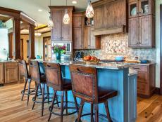 Rustic Eat-In Kitchen in Brown with Blue
