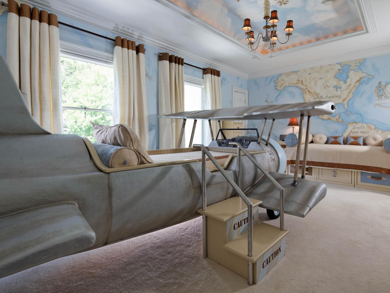 Aviation themed kids 39 bedroom dahlia mahmood hgtv for Aviation decoration ideas