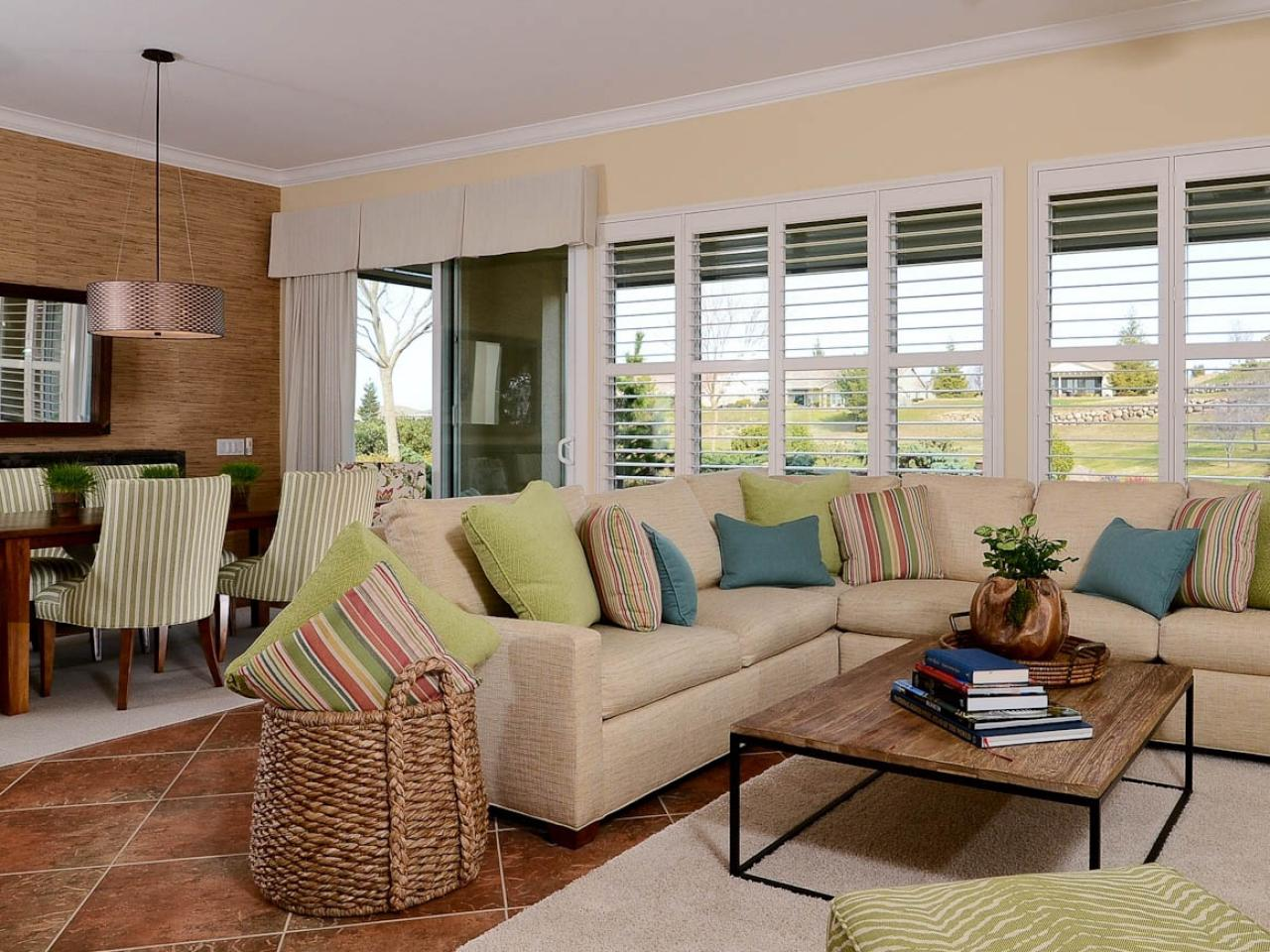 White transitional living room with sectional sofa hgtv for Transitional living rooms