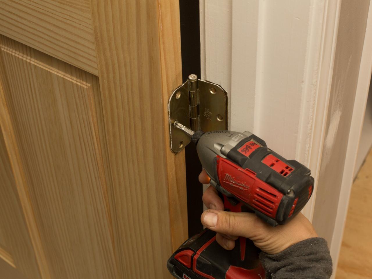 ensure additional hinge fits