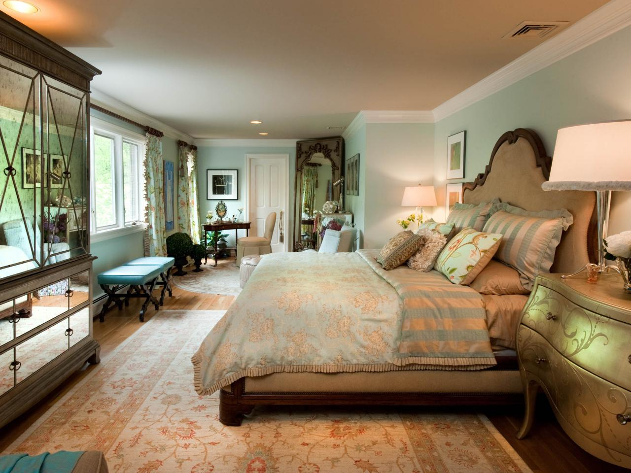 Feminine retreat bedroom heather mcmanus hgtv for New house bedroom ideas