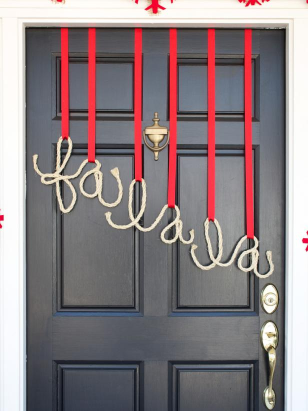 Holiday Front Door Decorations With Rope Letters