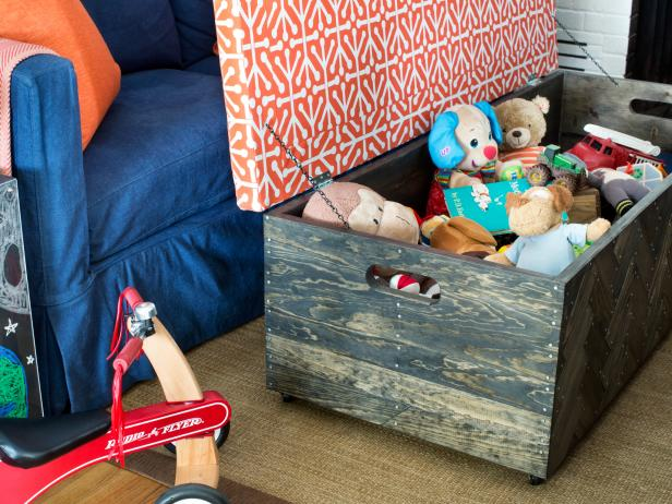 11 tips for keeping kids 39 toys organized hgtv. Black Bedroom Furniture Sets. Home Design Ideas