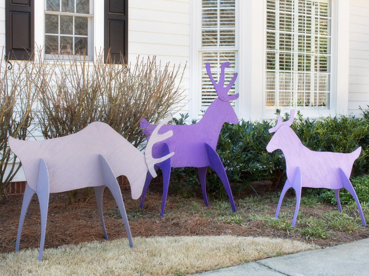 Make easy to store holiday yard reindeer hgtv for Yard cutouts