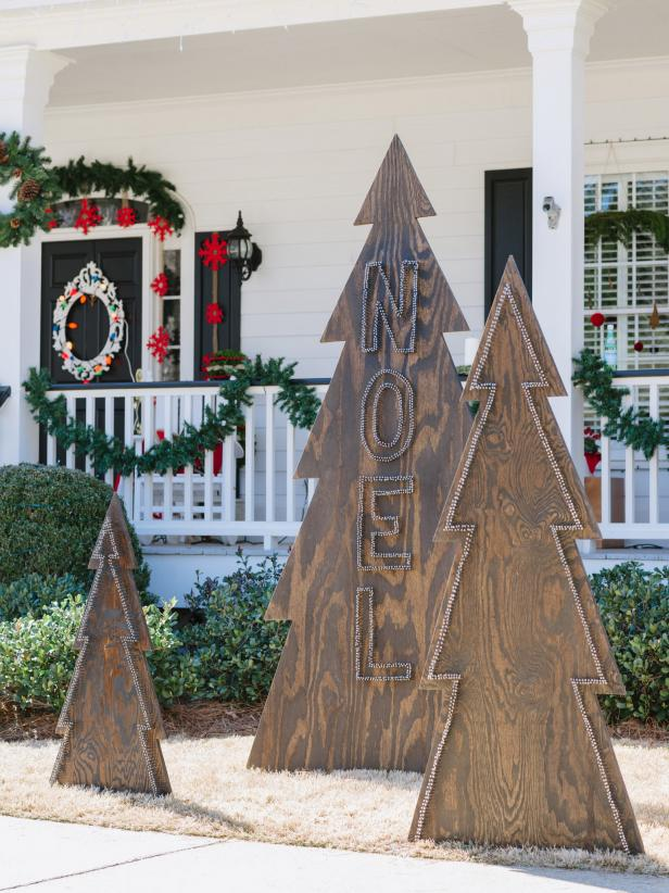 Outdoor Silhouette Christmas Trees Add Charm to Your Holiday Decor